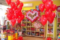Μπουκέτα με κόκκινα μπαλόνια