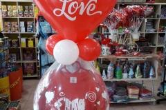 Γεμιστό μπαλόνι με Μπλουζάκι Love