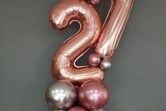 Κίονες με νούμερα με  chrome μπαλόνια