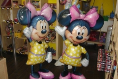 Minnie Air Walker