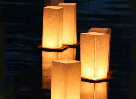 floating-lanterns01